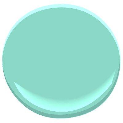 calming green 605 paint benjamin moore calming green. Black Bedroom Furniture Sets. Home Design Ideas