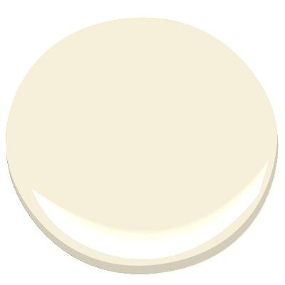 Calming cream oc 105 paint benjamin moore calming cream for Benjamin moore creamy beige