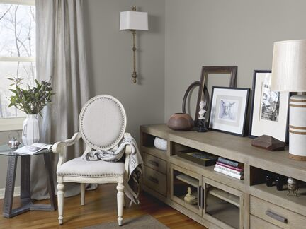 Benjamin Moore Color Trends 2013 Artisan gray living room vignette