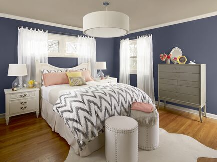Blue bedroom photo1 Benjamin Moore Colour Trends 2013