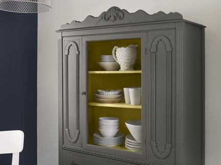 Benjamin Moore Color Trends 2013 Urbanite blue kitchen vignette