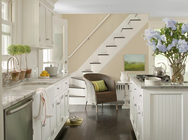 Benjamin moore in clay beige and white dove for Benjamin moore paint colors 2014